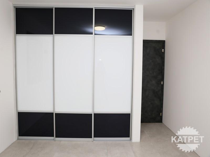 Vestavěná skříň pro malý prostor