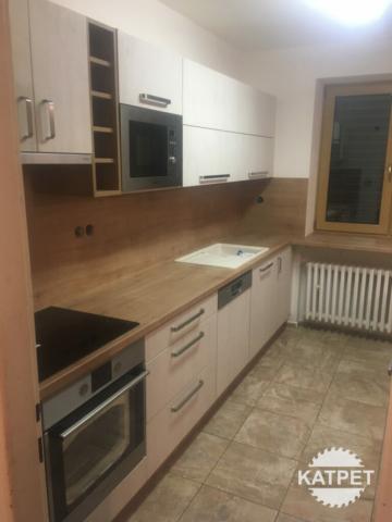 Výroba kuchyňského nábytku