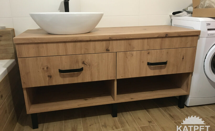Skandinávská skříňka do koupelny