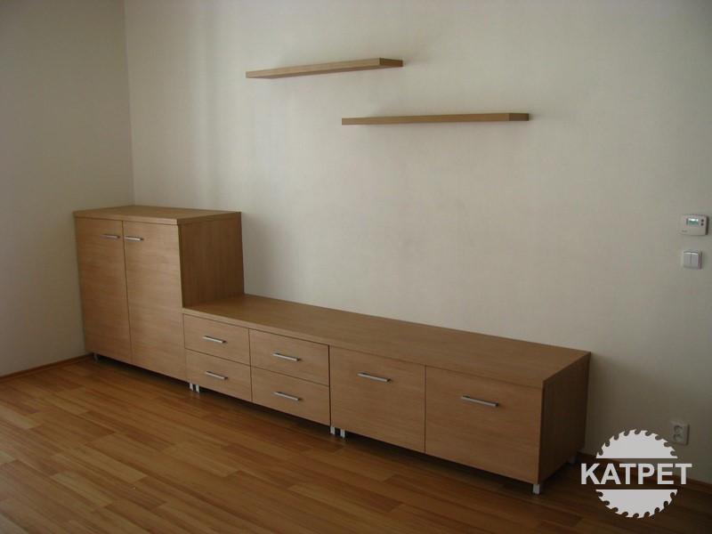 Skříňky do obýváku na míru