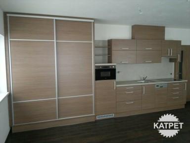 Kuchyně - úložný prostor na míru