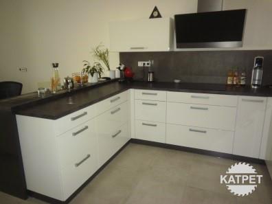 Kuchyně - malá