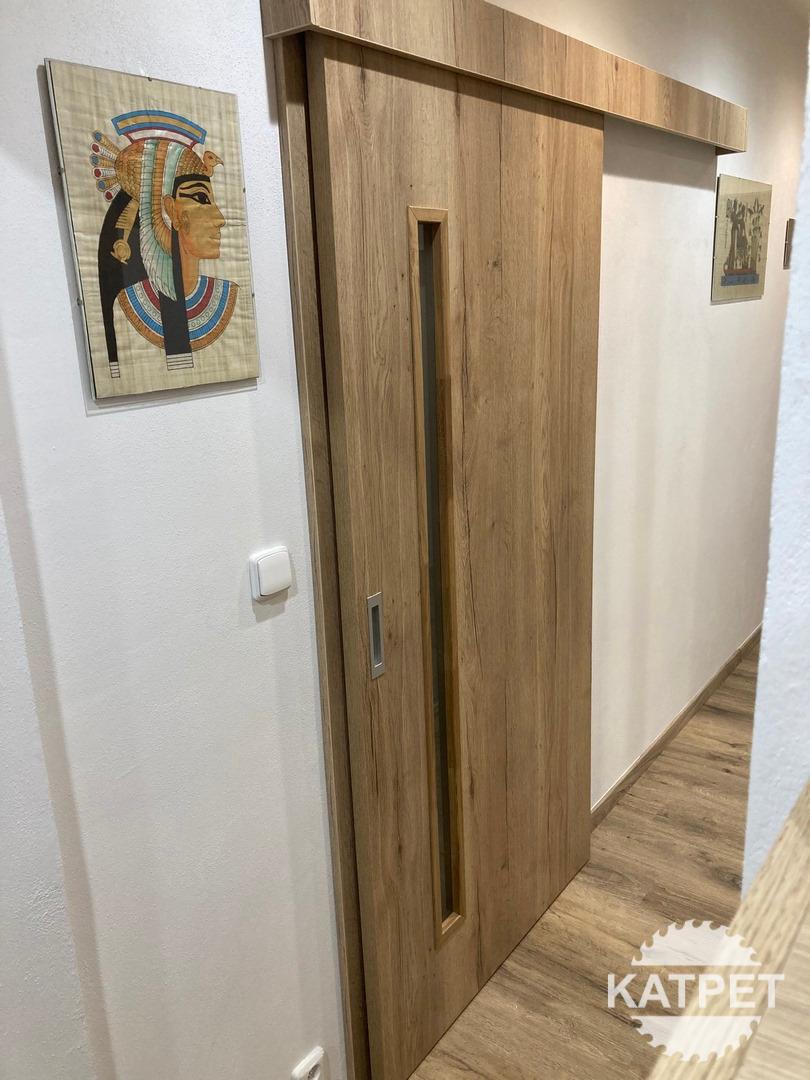 Posuvné dveře, Šternberk